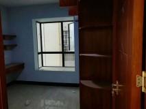 名门世家131方4房2厅155万全新装修未入住