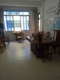 南湖塘教师进修集资楼 4室2厅 128平方 杂物间12平方 现仅售55万